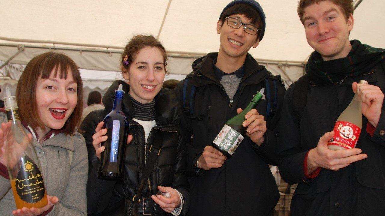 いま、梅酒は世界の人々に愛されてます。
